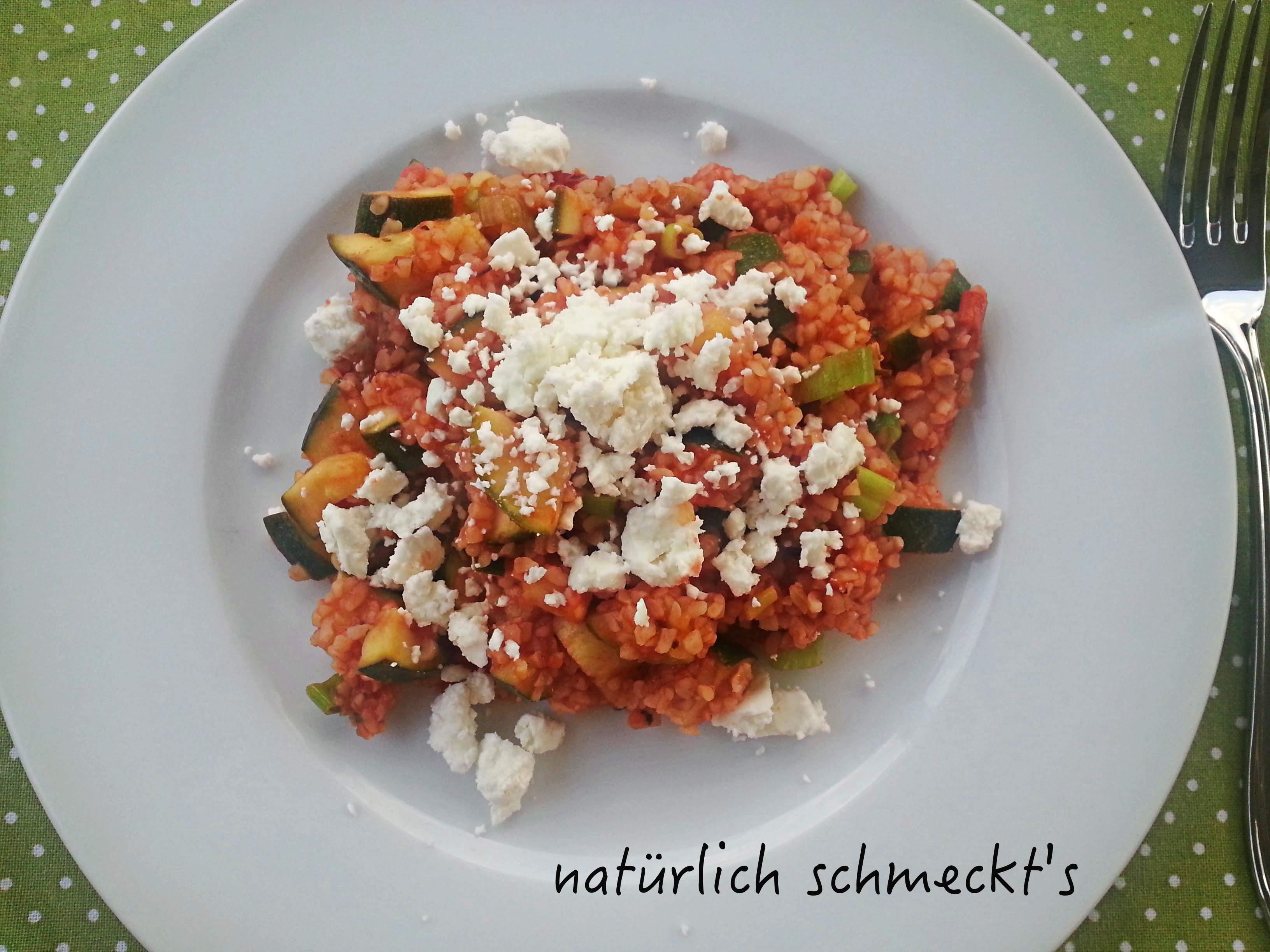 Schnelle Zucchini-Bulgurpfanne
